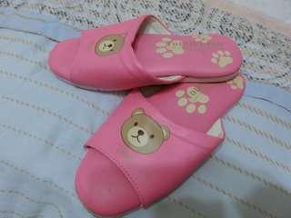 🚚 女童拖鞋
