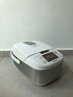 Rice cooker / Multi-cooker