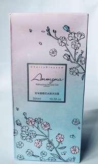 Anmyna Cherry Blossom Refreshing Shower Gel