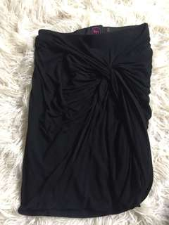 Knot skirt- Black