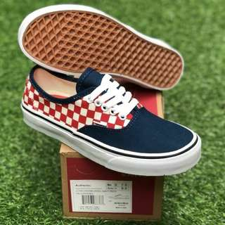 Sepatu AUTHENTIC CHEKERBOARD NAVY RED PREMIUM WAFFLE DT BNIB FULL TAG BARCODE MADE IN CHINA