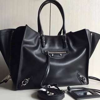 Balenciaga Papier A6 Zip Around Bag (Just look at the price without looking at quality.Please bypass,Tq)
