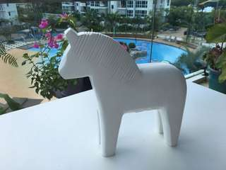 Decorative wooden DALA horse