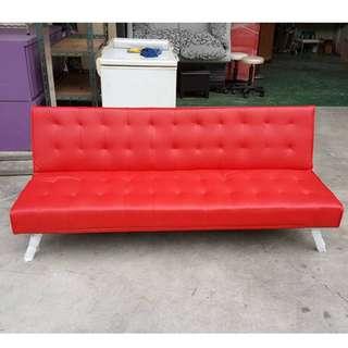 合運二手傢俱~全新庫存紅色沙發床A01191