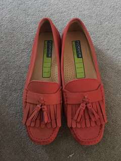 New ladies loafers Size 38.