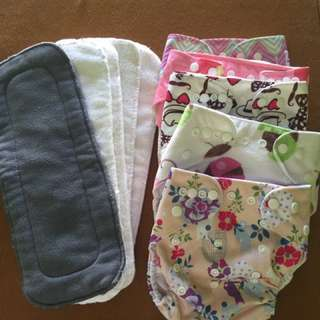 Bundle Cloth diapers w/ inserts