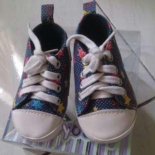 Sneaker baby
