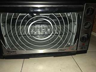 Electric oven / convention oven