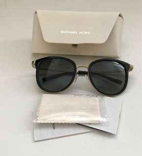 Michael Kors Polarized Adrianna Sunglasses in Black