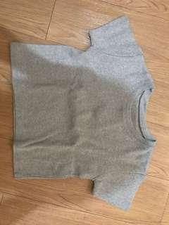 Cropped top / shirt