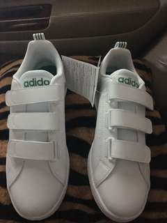 Repriced!! Original and brand new Adidas Valclean 2