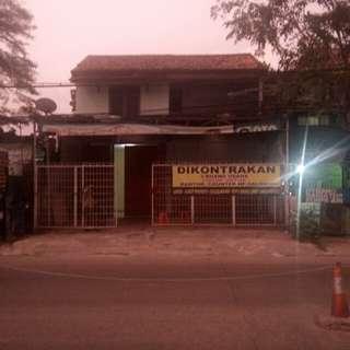 Rumah Singgah Harian Jl Akses UI Raya, Kelapa Dua, Cimanggis