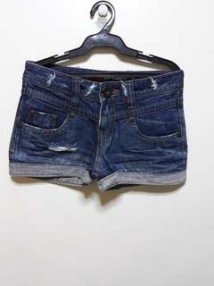 IMPORTED SHORT