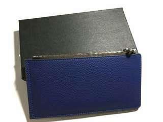 Multifunctional card wallet