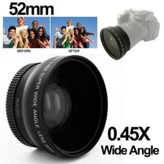 Wide Angle Lens with Macro 0.45X 52mm for Nikon D40 / D60 / D70s / D3000 / D3100 / D5000 - Black