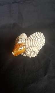 古董陶瓷羊
