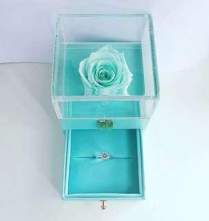 3折全新 真玫瑰豪華戒指盒 不凋花永生花 求婚 結婚 送禮 禮物 飾物盒 戒指盒 介指盒 花盒 女朋友 情人節禮物 母親節禮物 生日禮物