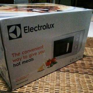NewMicrowave Oven