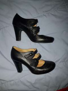 Black leather Mary Jane winter heels. Size 7. Kitten d'amour style
