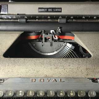 Ribbon ink typewriter