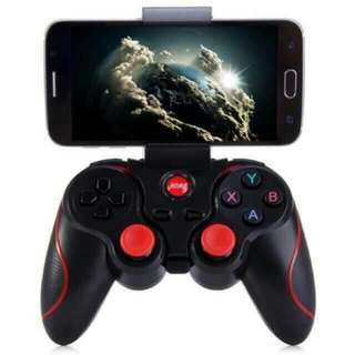 Game controller wireless