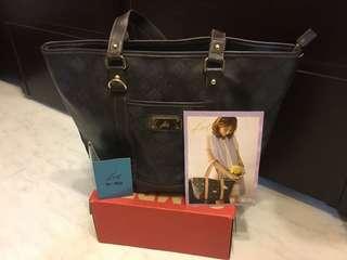 🚚 Kinaz Bag