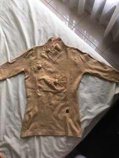 Sweatshirt cokelat
