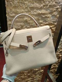 Hermes kelly 32 奶昔白