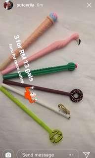 Cute pens 🌸