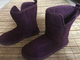 Purple winter boots