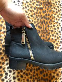 Low Heel Black Boots