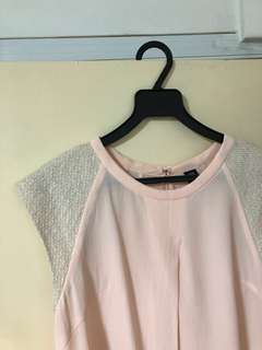 GG<5 Pink top