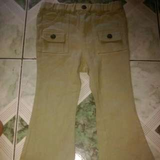 Stretchable Khaki Pants