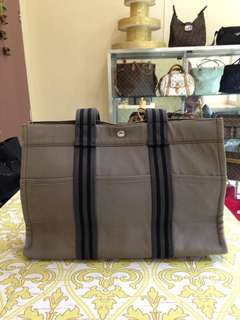 Hermes tote bag Authentic