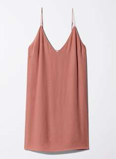 Aritzia Vivienne Dress Size Small in Canyon Rose