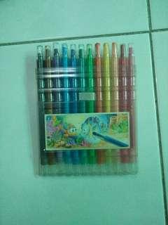 Pensil warna putar