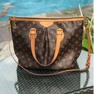 AUTHENTIC LOUIS VUITTON PALERMO PM MONOGRAM PRELOVED