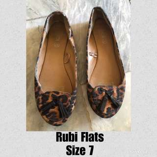 Rubi Flats size 7