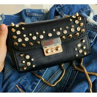 TOPSHOP DIAMOND STUDDED  BLACK COLOR