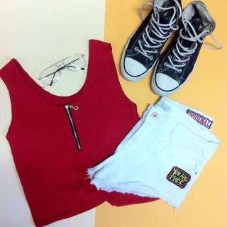 Front zipper top in red