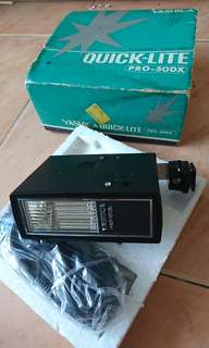 Vintage Yashica flash unit Pro 50dx