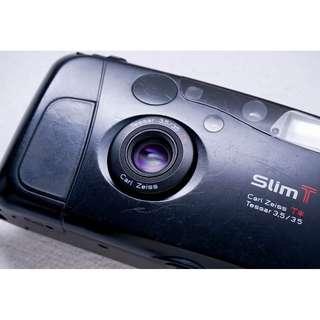 Yashica T4 / Kyocera SLIM T P&S film camera