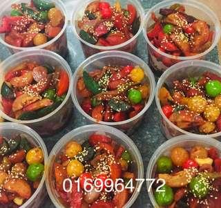 Acar buah spicy