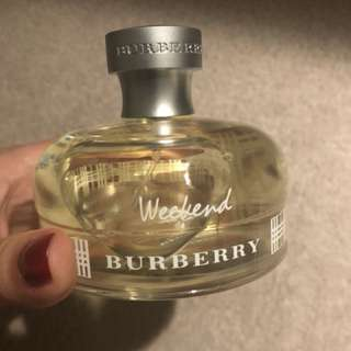 Burberry weekend Perfume 100ml.