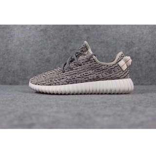 🚚 Adidas Yeezy Boost 350 TD 初代  椰子                      全新現貨(size:23.5 ,27.5)