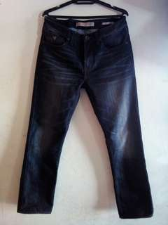 Guess Slim Straight 31