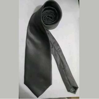 MA98 Arrow Dark Grey Silk Neck Tie / Cravat