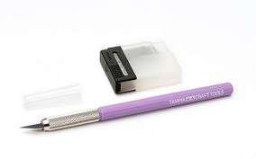 Tamiya Modeller Knife with 25 blades (purple)