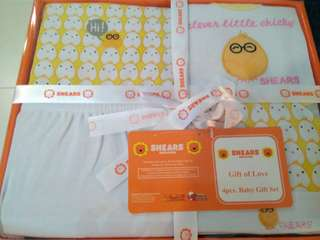 BNIB Shears Baby (0 - 6 mths) clothes