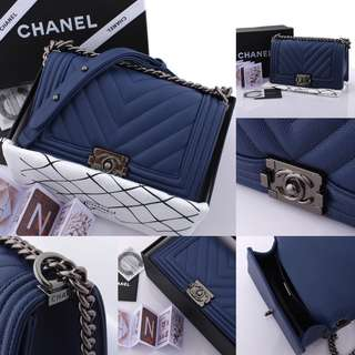 Chanel Boy Chevron Caviar with Box